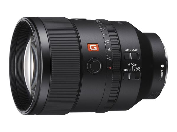 Sony SEL135F18GM - telephoto lens - 135 mm - 135 mmSony SEL135F18GM - telephoto lens - 135 mm - 135 mm, , hi-res
