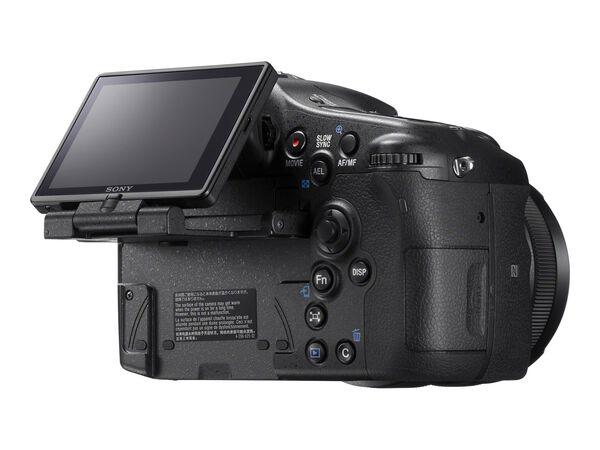 Sony α77 II ILCA-77M2 - digital camera - body onlySony α77 II ILCA-77M2 - digital camera - body only, , hi-res