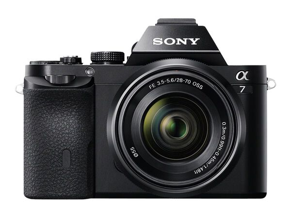 Sony α7 ILCE-7K - digital camera 28-70mm lensSony α7 ILCE-7K - digital camera 28-70mm lens, , hi-res