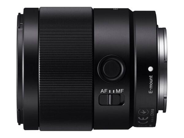 Sony SEL35F18F - wide-angle lens - 35 mmSony SEL35F18F - wide-angle lens - 35 mm, , hi-res