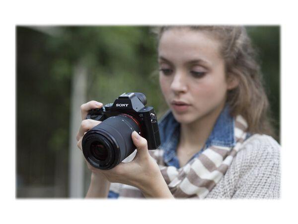 Sony α7 ILCE-7K - digital camera 28-70mm lensSony α7 ILCE-7K - digital camera 28-70mm lens, , hi-res