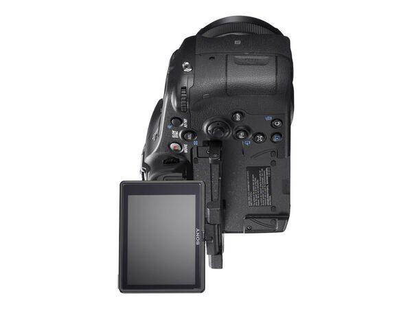 Sony α77 II ILCA-77M2Q - digital camera DT 16-50mm lensSony α77 II ILCA-77M2Q - digital camera DT 16-50mm lens, , hi-res